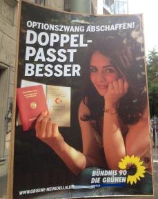 Greens: Abolish forced passport choice